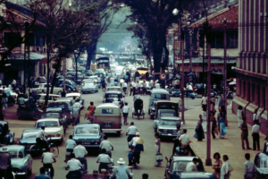 Late 1960s Photographs of Saigon Going about Its Business While the Vietnam War Rages - Flashbak